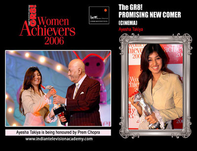 Ayesha Takiya honoured by Prem Chopra