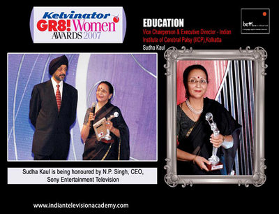 Sudha Kaul honoured by N.P. Singh, CEO, Sony Entertainmet Television