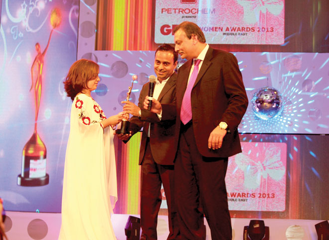 Rohit Walia and Vikas Agarwal (Head of Marketing Middle East- Kaya Skin Clinic) to Khawla Al Rayhi