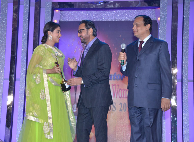 Shri V N Dhoot (Chairman- Videocon Industries Ltd.) and Gulshan Grover to Asin Thottumkal