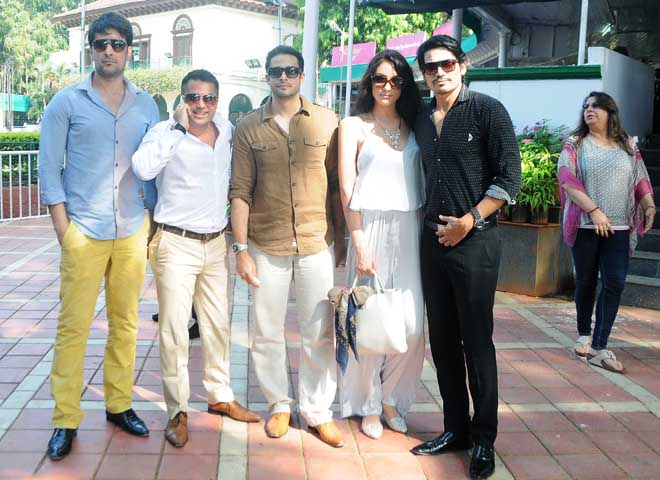Kapil Siberwal, Wahiid Ali Khan, Zulfi Syed and Shawar Ali Khan with wife Marsela