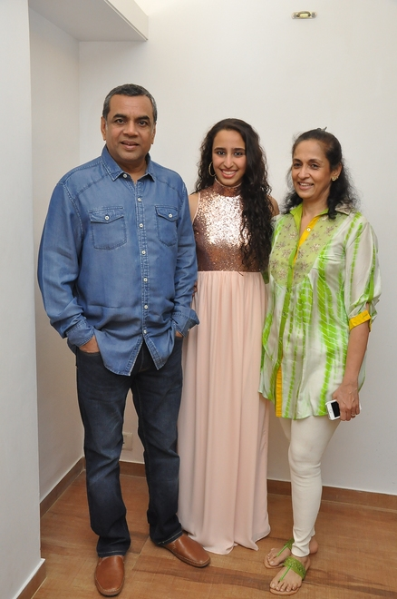 Namrata with Paresh Rawal and Swaroop Sampat