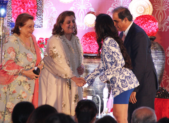 Hafeez Contractor (Celebrate Architect) & Dr Swati Srivastava to Ms. Pallavi Jaikishan and Ms. Bhairavi Jaikishan